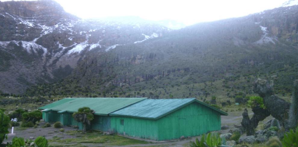 4 DAYS MT KENYA CLIMBING SIRIMON DOWN SIRIMON ROUTE