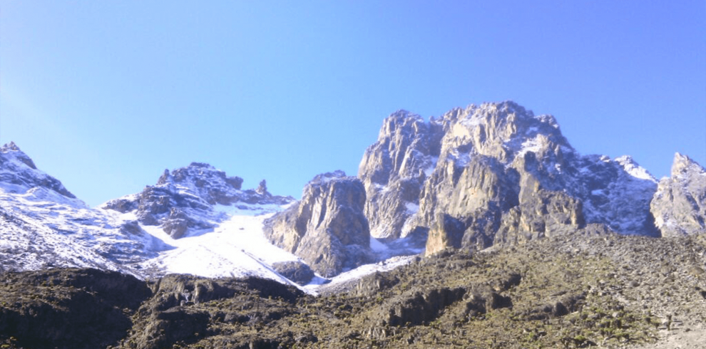 6 DAYS MOUNT KENYA CLIMBING CHOGORIA SIRIMON ROUTE