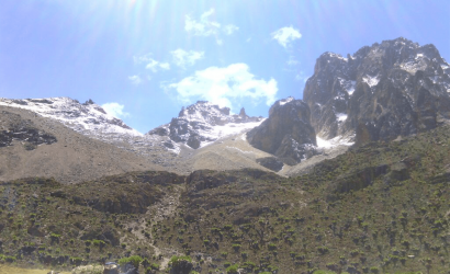 1 DAY TRIP MT KENYA CLIMBING SIRIMON ROUTE