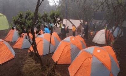 6 days mount kenya climbing chogoria route down sirimon route