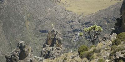 5 DAY MOUNT KENYA CLIMBING NAROMORU CHOGORIA